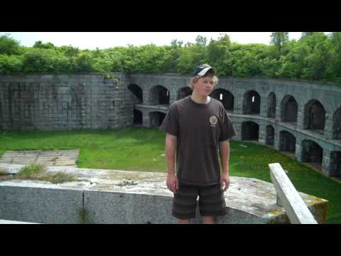 Fort Gorges Courtyard.MP4