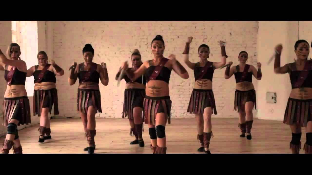 Восточный Экспериментальный Танец - Видеоролик от учениц Studio Diva. Педагог Юлия Сатдарова.