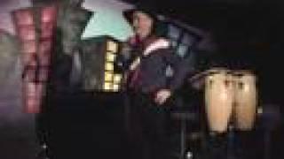 Watch Garth Brooks Mr Right video