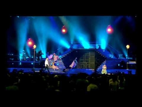 Kylie Minogue - Confide In Me (live)