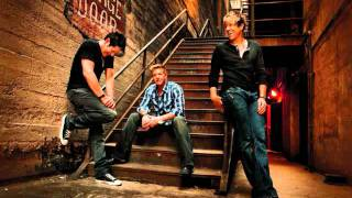 Watch Rascal Flatts Tonight Tonight video