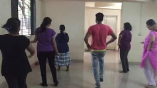 Cham cham  baagi movie song 2group