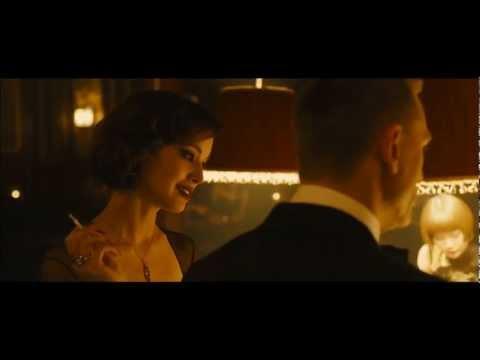 《007:空降危機》龐德女郎魅惑現身