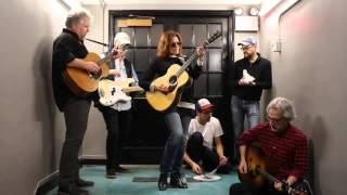 Watch Rosanne Cash 50000 Watts video