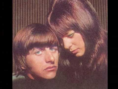 Beatle Girls-Can't Help Falling in Love with You