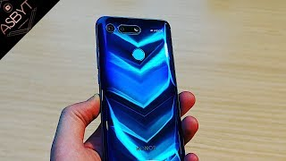 Honor View 20 - HANDS ON The First HOLE-PUNCH Smartphone!   CES 2019