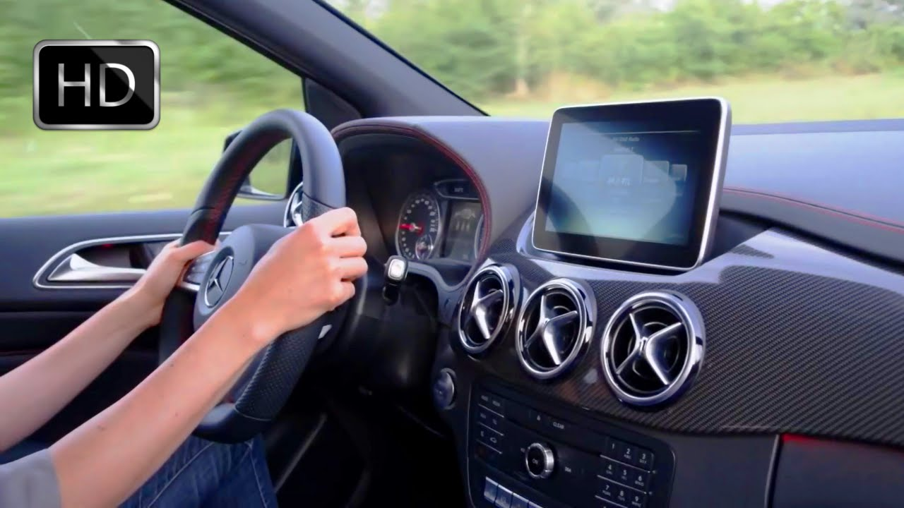Video 2015 mercedes b class amg facelift interior hd for Mercedes clase a amg interior
