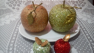 Manzanas hechas con material reciclado. DIY. Apples made from recycled material