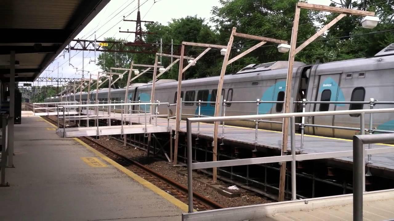 Acela Metro North m8 Meet in