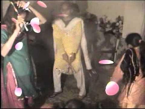 De Le Gera.meshall With Freinds Mehndi Burj Dhalla video