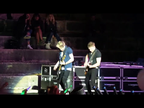 One Direction - Rock Me (19.5.2013 - Verona)