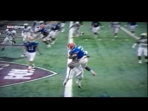 Chris Rainey(Florida Gators) makes a great play jumping over a defender to score a touchdown in the All-State Sugar Bowl 2010.