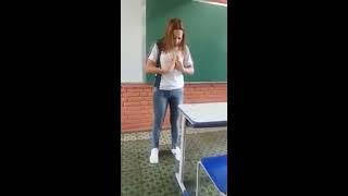 Veja as palavras que ela falou na escola