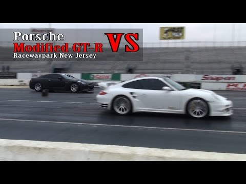 Porsche vs Modified GTR