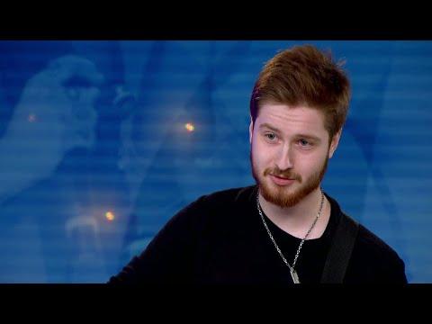 Tim Holmström utkastad efter att ha framfört sin egenskrivna låt – Idol 2017 - Idol Sverige (TV4)