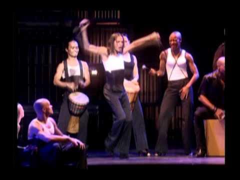 21. La Isla Bonita - Madonna - Drowned World Tour 2001 video