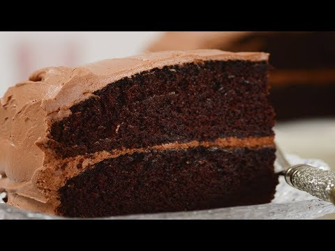 Simple chocolate cake recipe demonstration joyofbaking for Easy basic cake recipes from scratch