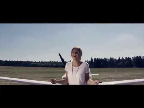Nyne feat. Annetta - Airplane (Official Video)