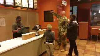 Soldier buys kids dinner LTC Robert Risdon