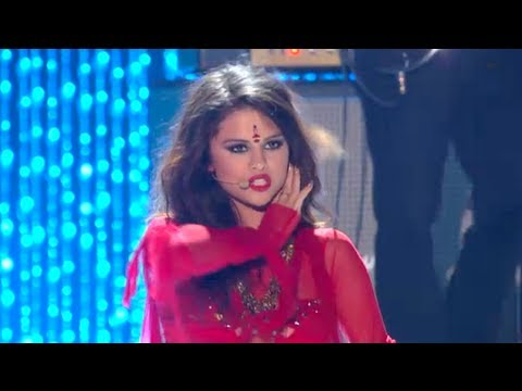 Selena Gomez - Come And Get It - Live On MTV Movie Awards