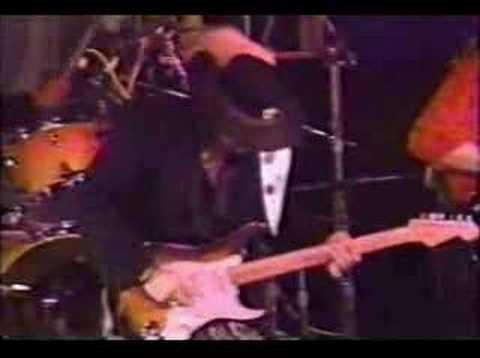 Stevie Ray Vaughan - Loves Truck Baby