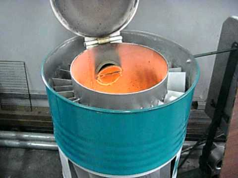 Waste oil stove youtube Burning used motor oil for heat