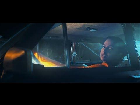 Tracy De Sá  - Por Aquí (Official Music Video)