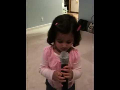 Mansi singing Marathi gana