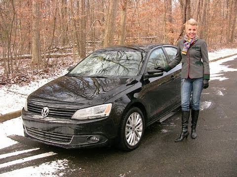RoadflyTV - 2011 Volkswagen Jetta Road Test & Review