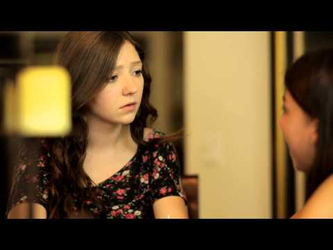 Watch Zoey to the Max (2015) Online Free Putlocker