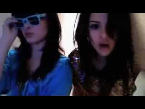 *Hot*Selena Gomez and Demi Lovato Singing and Dancing PRIVATE HOME VIDEO!!!!