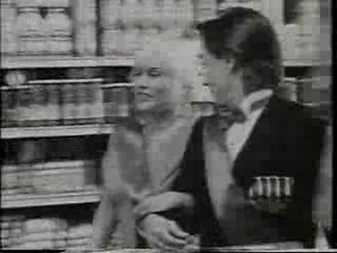 "Iggy Pop & Debbie Harry Sing ""Did You Evah"""