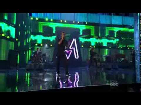 Adam Levine (Maroon 5) & Christina Aguilera