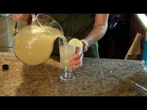 Sunny Side Lemonade - Lynn's Recipes