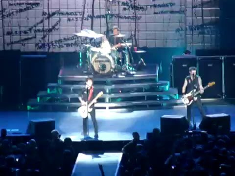 Green Day - Basket Case (live @ Ericsson Globe, Stockholm, SWEDEN 11.10.2009)
