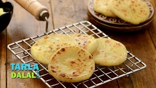 Paneer Kulcha, Paneer Kulcha Made with Dahi, Curd by Tarla Dalal