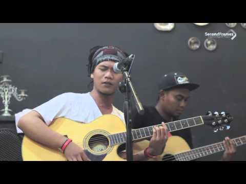 download lagu Cah Reggae - Kopi Hitam Live At Sadimo B gratis