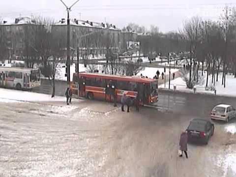 Автобус сбил 13-летнего ребёнка в Череповце