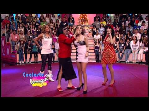 Laura G Upskirts Minifalda Tanga Blanca.HD.