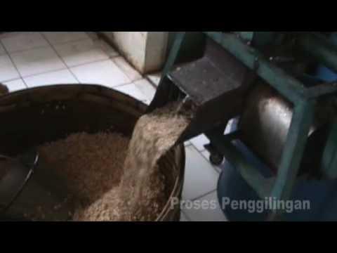Cara Membuat Kerupuk Ikan Kuku Macan - Amplang & Kembang Goyang.