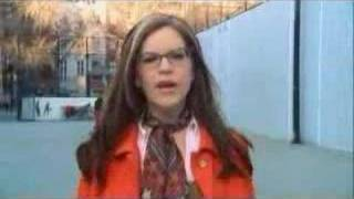 Watch Lisa Loeb Someone You Should Know video