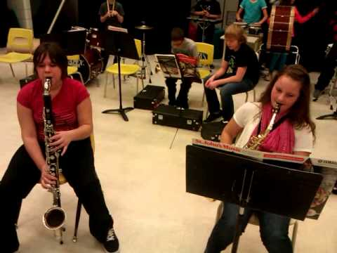 Alto Sax and Bass Clarinet Duet - Jolly Old Saint Nicholas