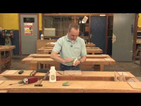 Vrachtwagen van hout maken