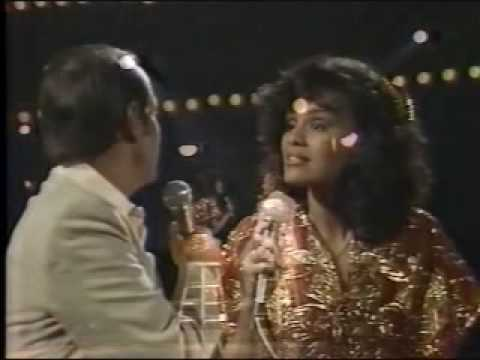Neil Sedaka Marilyn McCoo sing The Hungry Years SOLID GOLD Video