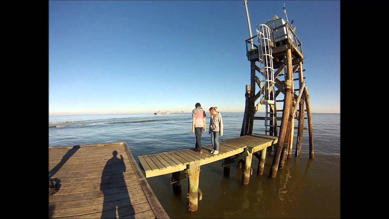 Playing on the pier fishing bite for Dauphin island fishing pier