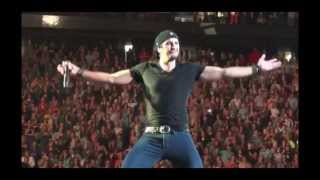 Luke Bryan (Don't Drop That Thun Thun)
