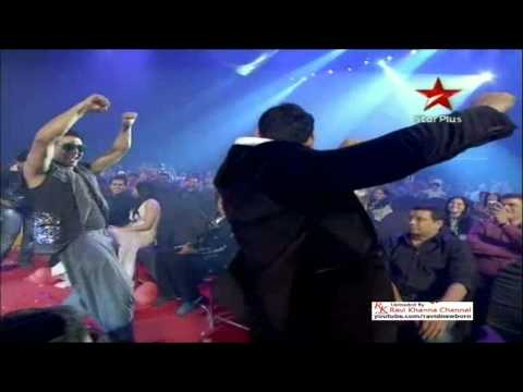 1-[High VA Q] akshay kumar & john abraham dance performance in airtel super star awards 2011 by ravi