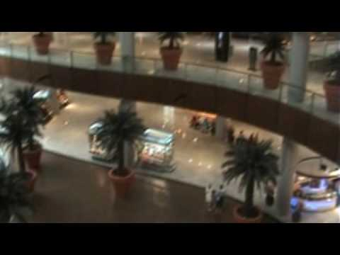 Dubai Holiday 2009 - The Dubai Mall - Biggest shopping mall in the World