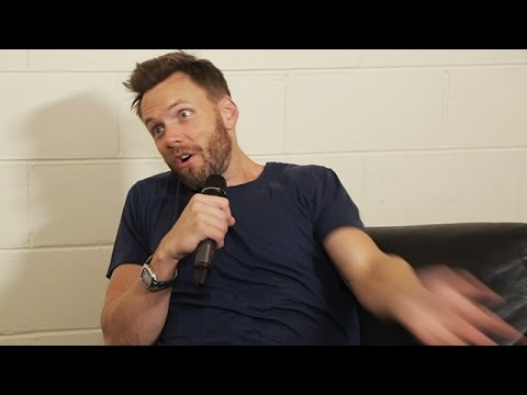 Joel McHale Talks Obama, X-Files, Aussie accents & reality TV Full Interview | Rove & Sam