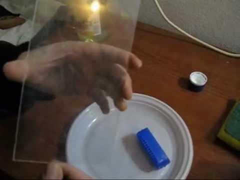 Pulire arredi o un vecchio acquario: aceto per il calcare, acqua ossigenata per le alghe incrostate